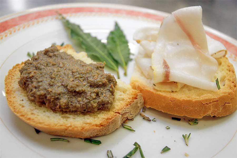 Crostini Neri Toscani